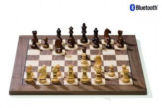 DGT Electronic chess board in walnut
