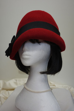 1920's Cloche Hat for Hire from The Littlest Costume Shop in Preston 3072