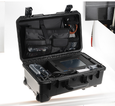 The SOLO-5 Super Kit has all hardware with accessories packaged into a foam-lined Pelican transit case with handles and wheels.