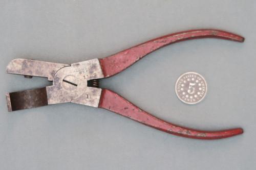 Bridgeport Gun Implement Co. 10 Gauge Priming Tool