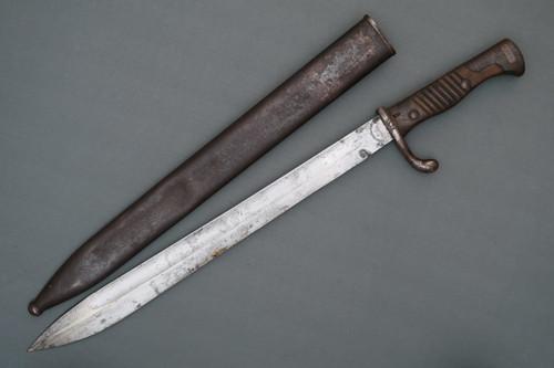 German Model 1898/05 Butcher Blade Bayonet Left Side