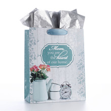 Medium Gift Bag: Heart of Home