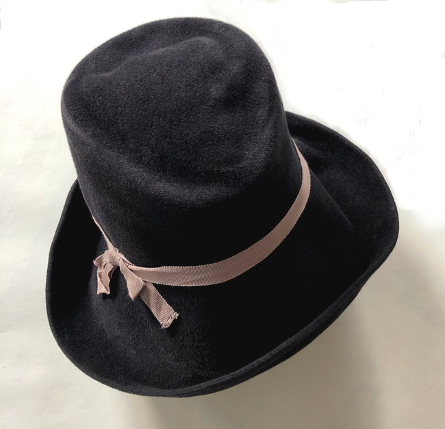 Gil Fox Hat - Felt Cloche, almost black