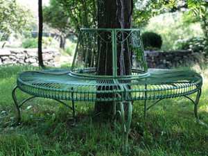 Circular Metal tree surround bench