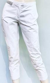 Fabiana Filippi Cropped Pants with Rhinestone Embellished Patch in White