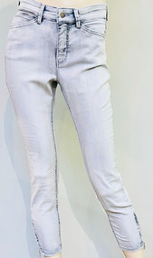 MAC Dream Chic Authentic Denim Jeans in Fashion Bleached