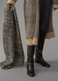 Fabiana Filippi Camel Wool Scarf in Onyx Grey/Albino