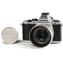 Olympus OM-D E-M5 Mirrorless Digital Camera & M.ZUIKO 17mm f/1.8 Lens Limited Edition Bundle