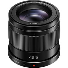 Panasonic Lumix 42.5mm f1.7 lens