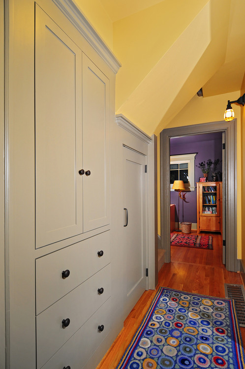 Color in Space Cottage Color Palette in Benjamin Moore Paint Colors in hallway