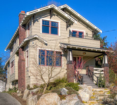 Exterior Paint Color Design: Classic Craftsman