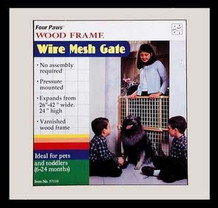 """Coated Wire Wood Gate Size: 25"""" H x 26"""" - 42"""" W x 2.5"""" D"""