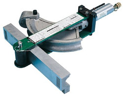 332-882CBH755 | Greenlee Flip-Top Benders
