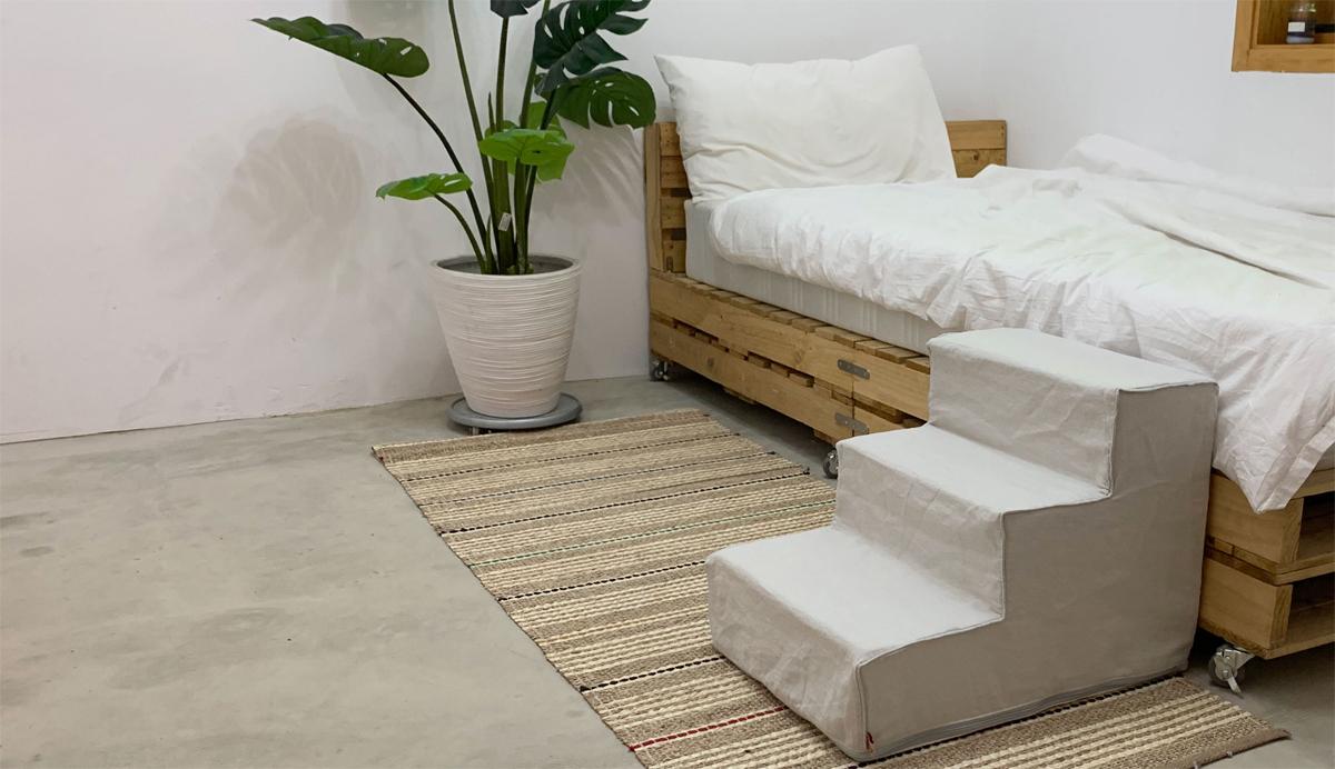 clean-gray-linen-step-main.jpg