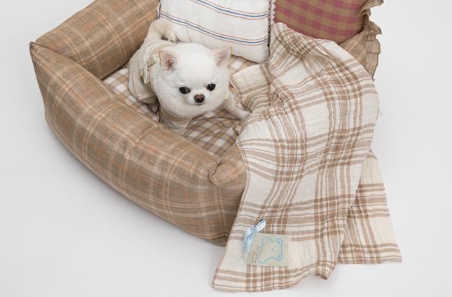 linen-plaid-blanket-main.jpg