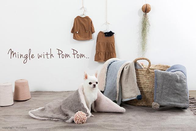 pompom-linen-blanket-main.jpg