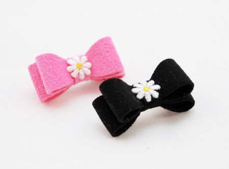 Daisy Ultrasuede Hair Bows