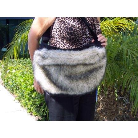 Fox Faux Fur Cuddle Carrier