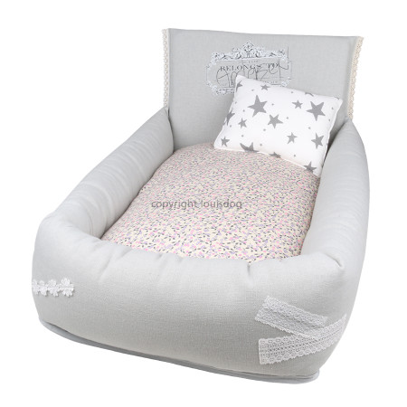 Louisdog My Bedtime Story Bed