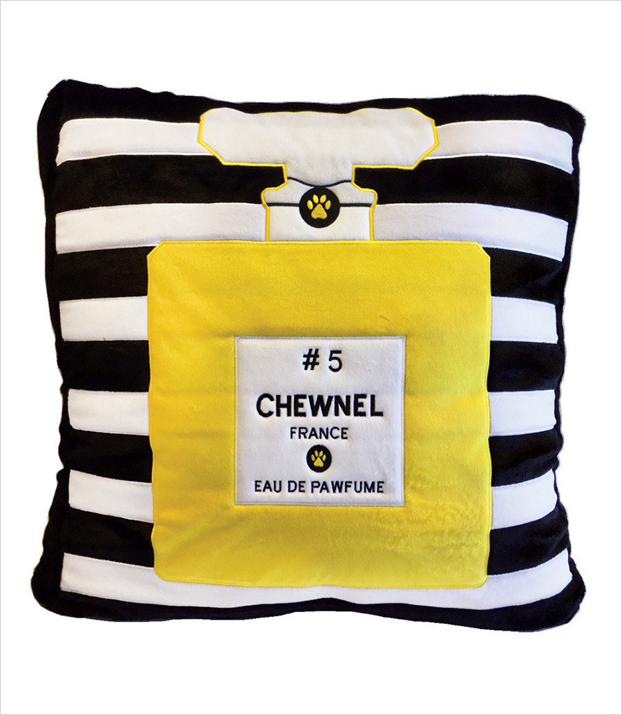 Chewnel 5 Dog Bed