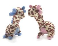 Oscar Newman Giraffe Safari Baby Pipsqueak Toy