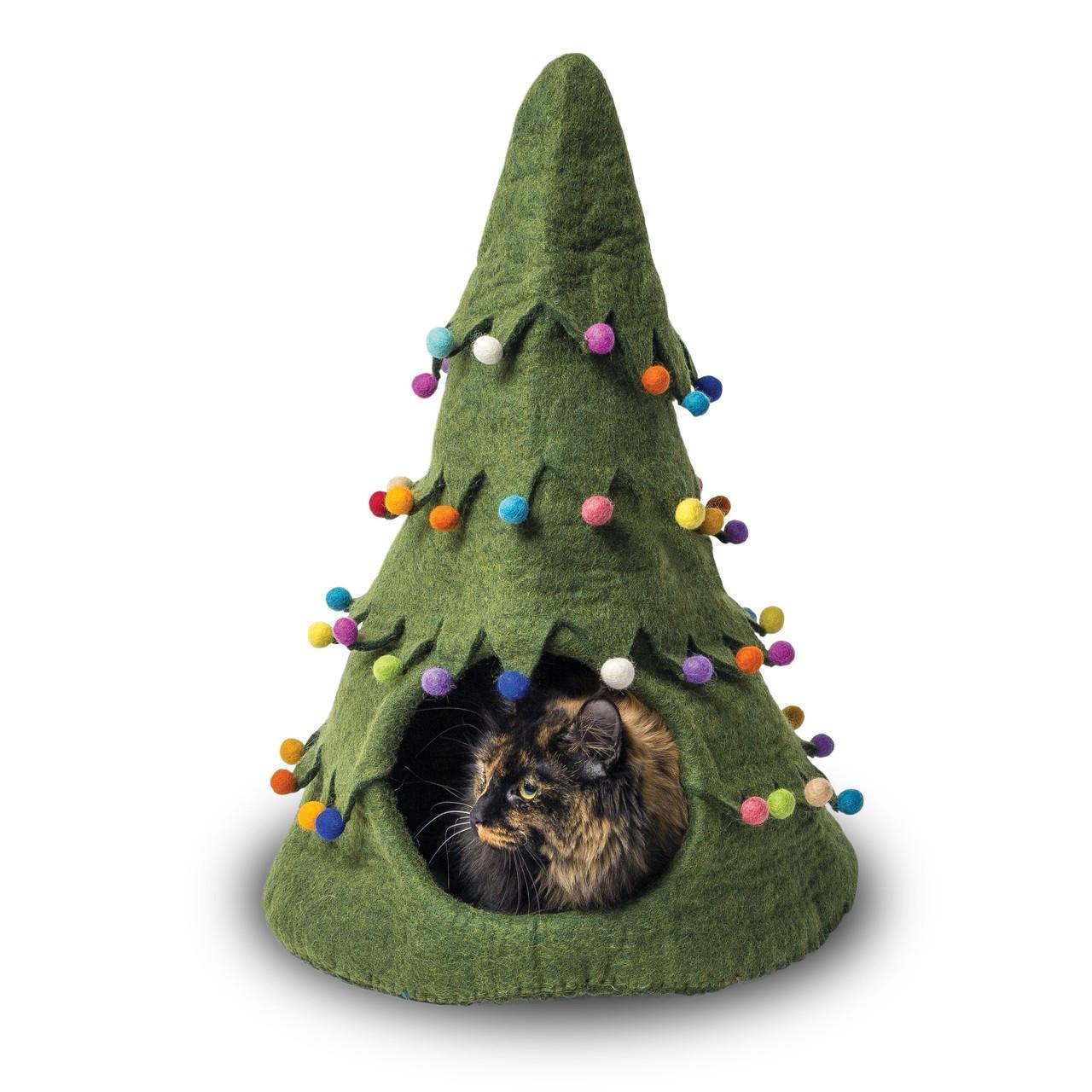 Xmas Tree Green Felted Cat Cave 21fe89b70
