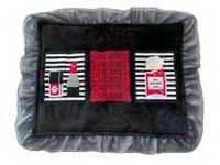 Chewnel Border Red Perfume Dog Mat