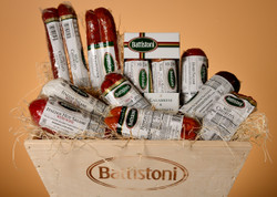 Extra Large Gourmet Italian Meat Lovers Gift Basket - over 6 lb of meat!