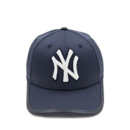NEW YORK YANKEES CHENILLE LOGO - CURVED VISOR LEATHER STRAPBACK