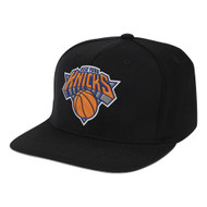 DOWNTIME CLASSIC RED SNAPBACK NEW YORK KNICKS