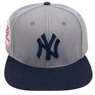 NEW YORK YANKEES LOGO SNAPBACK HAT