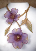 SARAH CAVENDER FLORAL NECKLACE~22164G