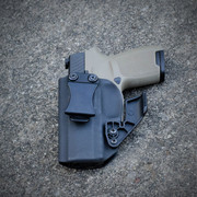 Amarok Tactical Beta Holster for SIG P320C with Raven Concealment Claw