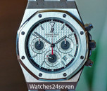 Audemars Piguet Royal Oak Chrono Panda dial Steel on Bracelet 39mm