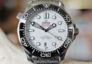 Omega Seamaster Diver 300M White Co‑Axial Master Chronometer