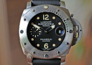 Panerai PAM 243-I Luminor Submersible 1000 meter Tritium Dial 44mm