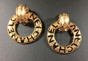 CHANEL OPENWORK GOLD HOOP EARRINGS