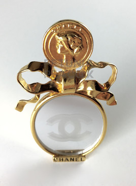 CHANEL RARE MIRRORED CC LOGO PIN