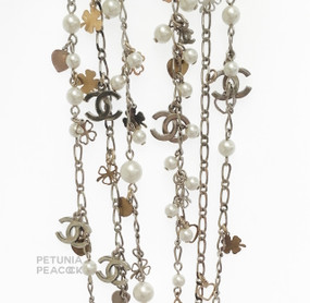 CHANEL CHARM & FAUX PEARL NECKLACE
