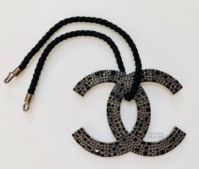 CHANEL BLACK CRYSTAL FILLED MASSIVE CC LOGO & ROPE NECKLACE
