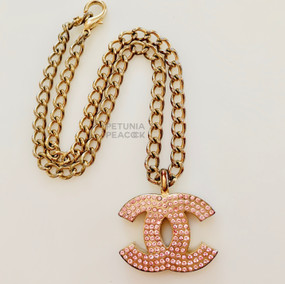 CHANEL CHUNKY PINK CRYSTAL LOGO NECKLACE