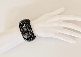 CHANEL BLACK & STRASS STARRY NIGHT CUFF BRACELET