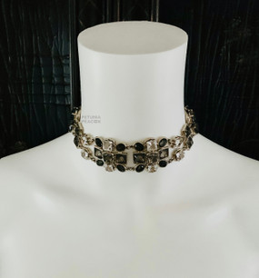 CHANEL CHARCOAL GRIPOIX  & CRYSTAL CHOKER NECKLACE
