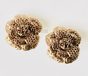 CHANEL PETITE CAMELLIA EARRINGS