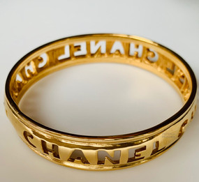 CHANEL CUT OUT C H A N E L BANGLE BRACELET