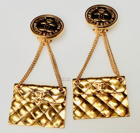 CHANEL ICONIC VINTAGE MATLASSE HANDBAG EARRINGS