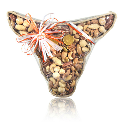 austiNuts Medium Longhorn Basket with Deluxe Nut Mix is a great gift for a Longhorn Fan!  Contains: Dry Roasted Almonds, Cashews, Pecan Halves, Pistachios and Macadamia Nuts.