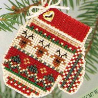 Warm & Wooly Mitten Bead Christmas Kit Mill Hill 2004 Mitten Ornaments