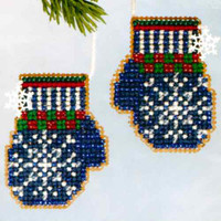 Santa's Mittens Beaded Cross Stitch Kit Mill Hill 2006 Santa's Closet