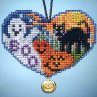 Love Halloween Beaded Charmed Ornaments Kit Mill Hill 2013 I Love